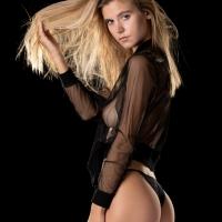 Model: Amberleigh West Workshop: David Mecey